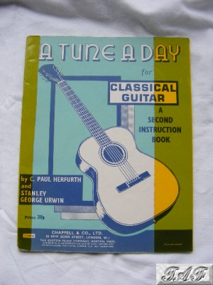 Herfurth Urwin A Tune A Day for Classical Guitar 2nd book Chappell