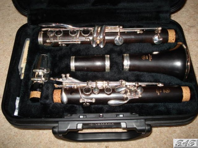 Yamaha ycl 450 bb clarinet item mi 100114 for sale on for Yamaha yfl225s flute sale